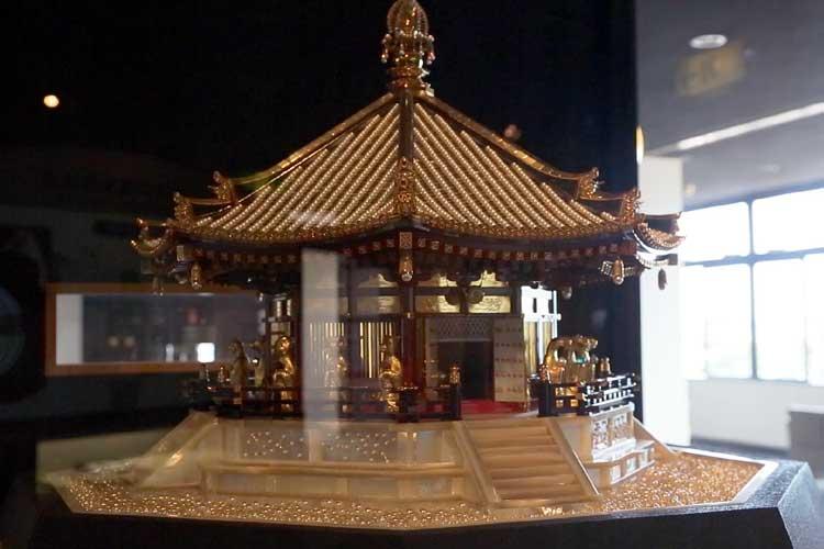 養殖真珠の工芸品