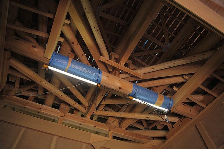玄関車寄せの屋根