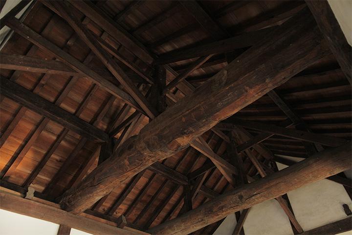 最上階の天井