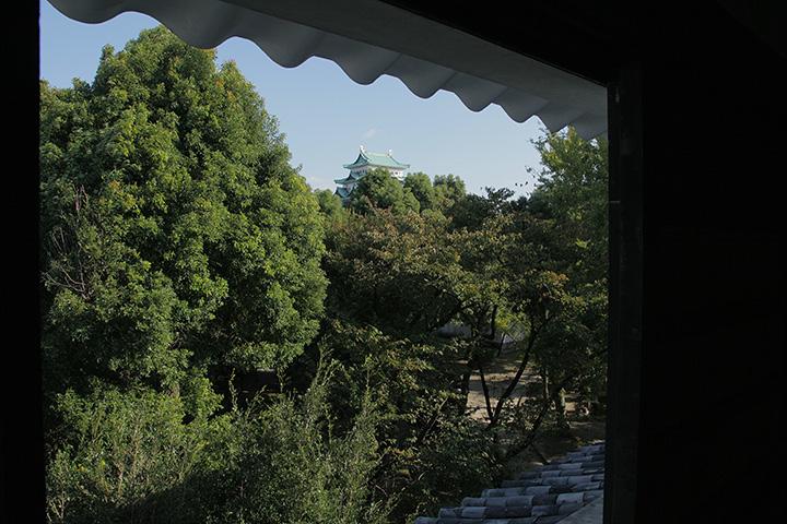 名古屋城が見える