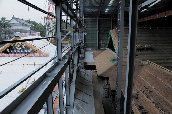 素屋根の外と中(2012年12月15日)