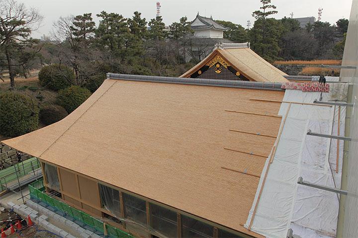 玄関、中之口部屋の屋根(2013年1月13日)