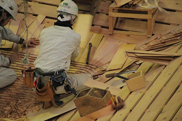 屋根の修復