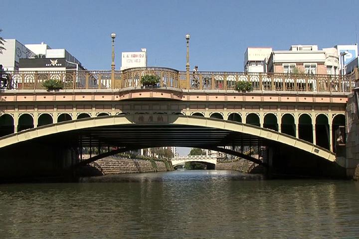 納屋橋と堀川