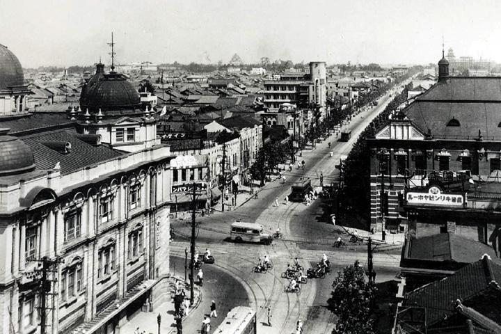 昭和10年頃の栄町交差点