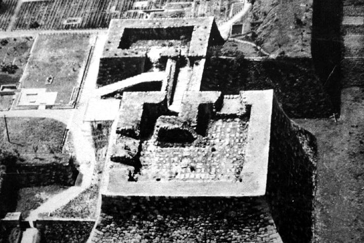 焼失した名古屋城の天守台