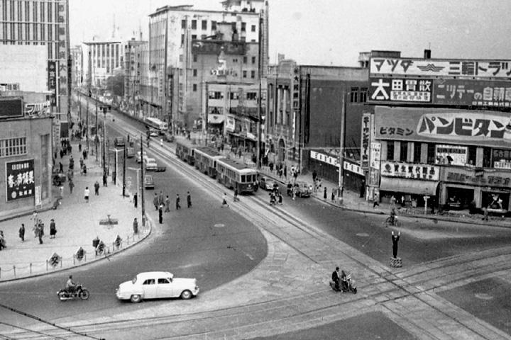 昭和29年頃の栄町交差点