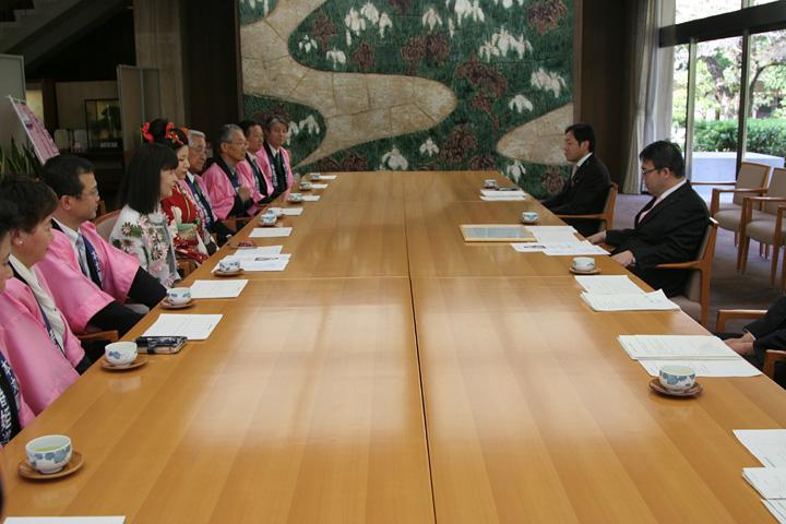 愛知県知事表敬訪問(県公館)