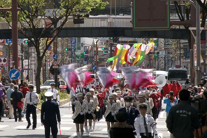 「春姫道中」行列 矢場町出発