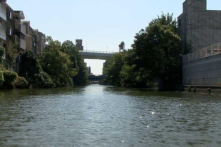 外堀通が通る景雲橋と名古屋高速都心環状線