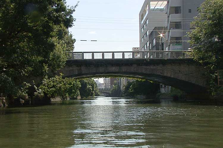 伝馬橋-伝馬会所で本町通と分岐する美濃路が通る。。