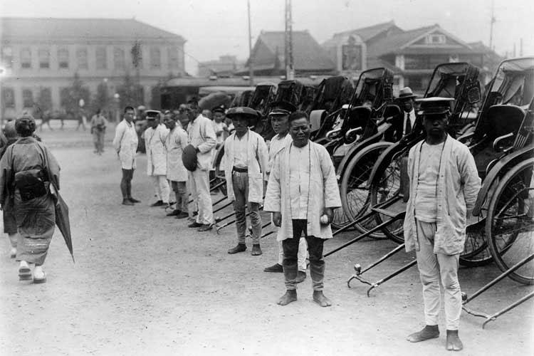 大正時代(1912-1926)末頃の名古屋駅前