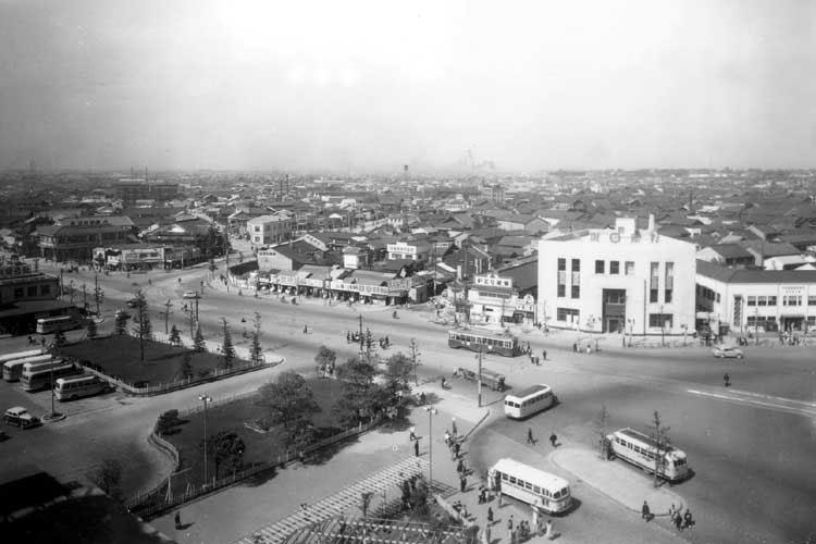 昭和20年代中頃の名古屋駅前北西方向