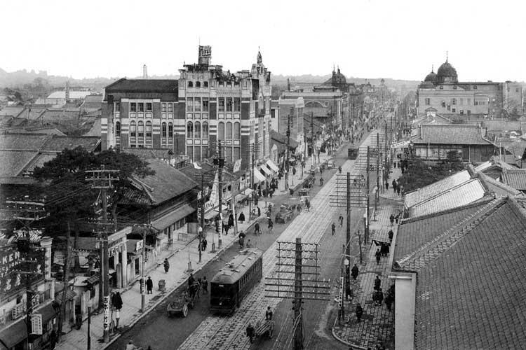 昭和時代(1926-1989)初頭の広小路と十一屋百貨