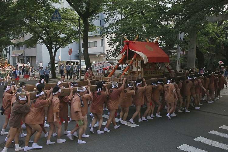 那古野神社へ到着