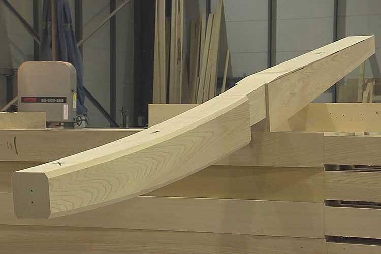 仕上げられた飛檐垂木