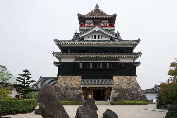 復元された清須城