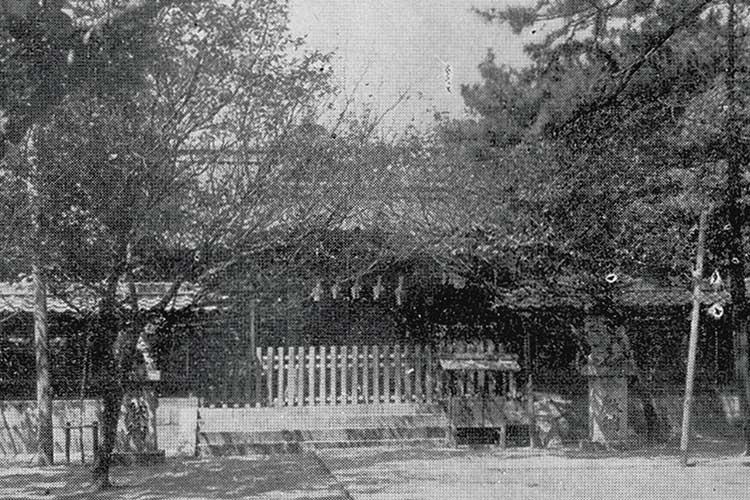 焼失前の東照宮社殿