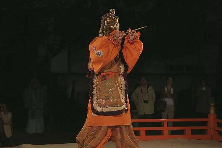 舞楽 陵王(りょうおう)