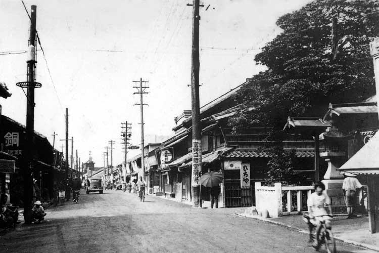 妙善寺付近の本町通(昭和初期)