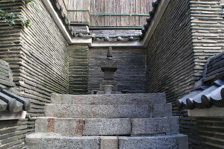 織田信秀(信長の父)の墓