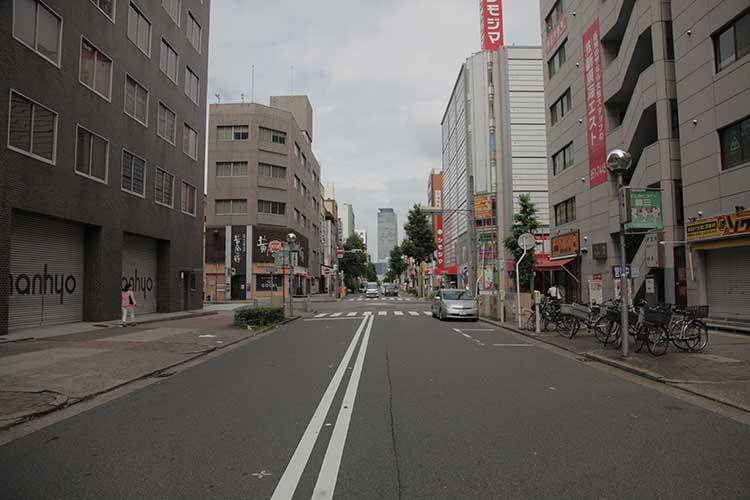 袋町通(名古屋駅方向)