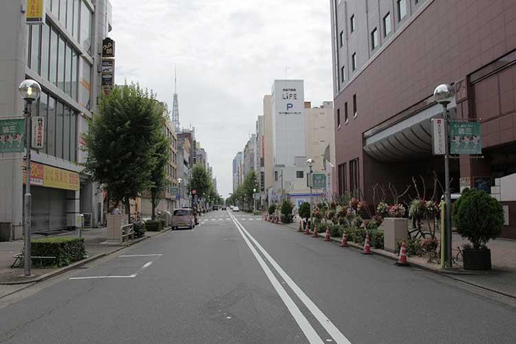 袋町通(テレビ塔方向)