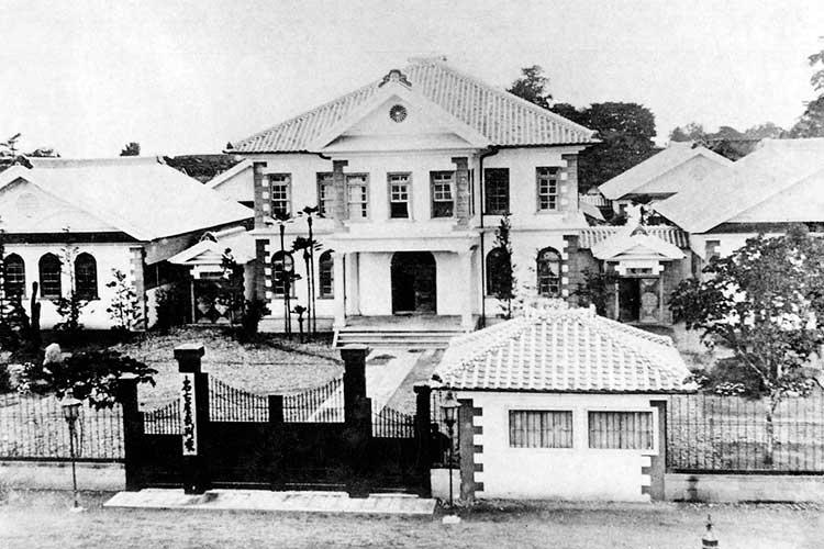 名古屋裁判所(本町通北端)