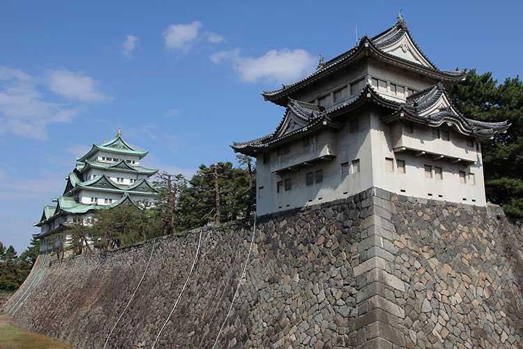 西南隅櫓(重要文化財)