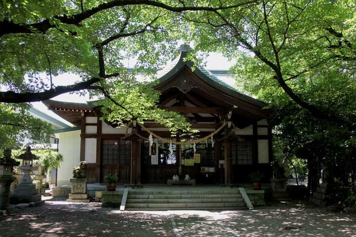 萱津神社本殿