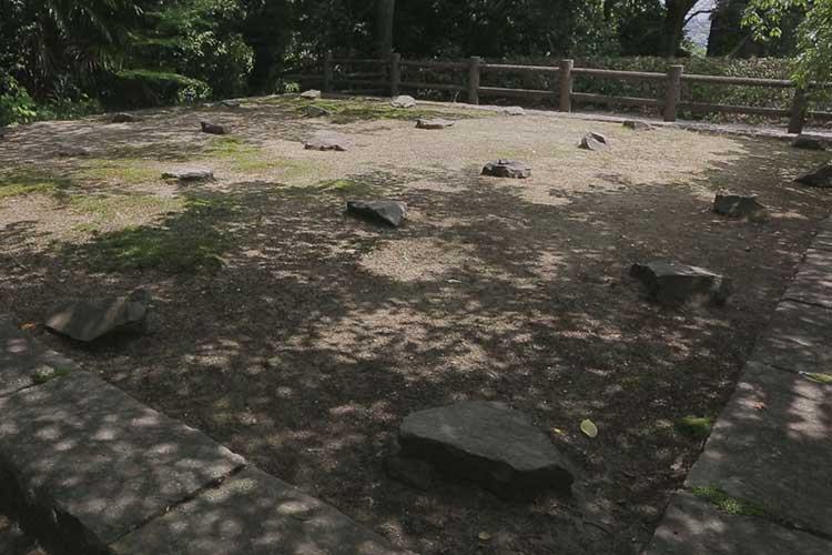 岩崎城隅櫓跡