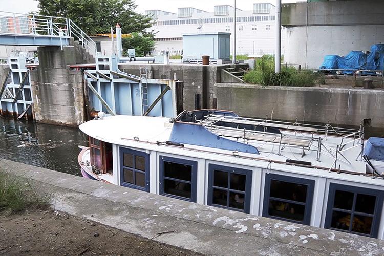 中川口通船門