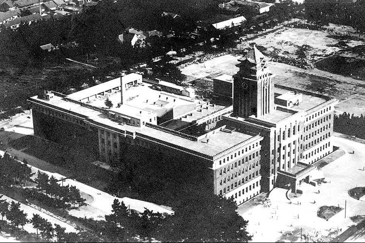 ②名古屋市役所(昭和8年移転直後)