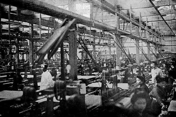 撚糸織物工場