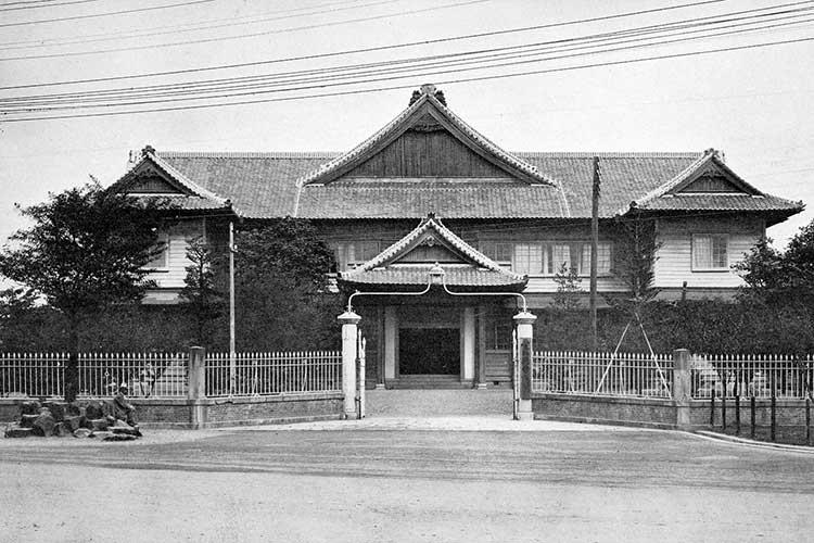 ⑩愛知県会議事堂(明治33年移転)
