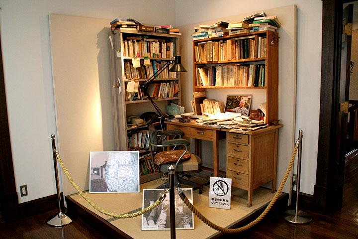 展示室6(旧寝室)