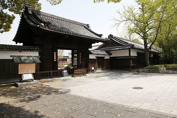 徳川園黒門