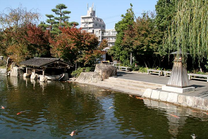 龍仙湖 舟だまり