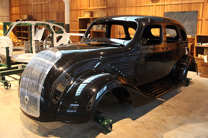 試作工場 トヨタ初の試作車「A1型」ボデーの試作展示