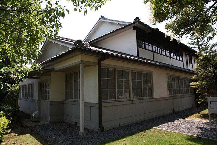 1豊田商会 事務所
