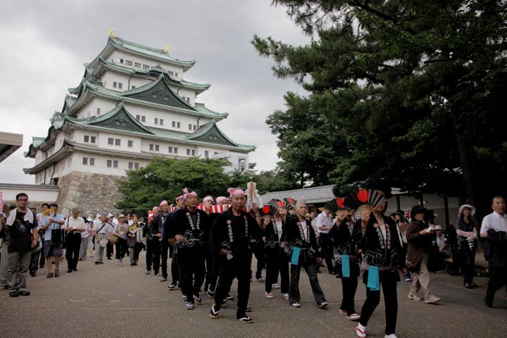 名古屋城本丸御殿上棟記念式典 棟木の木曳き 2011年7月12日