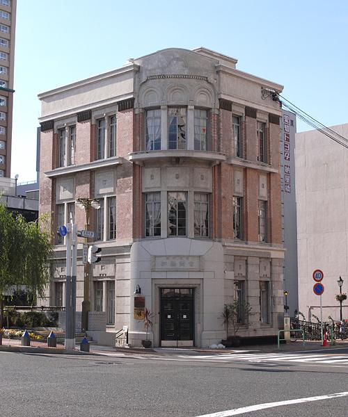 名古屋市の指定文化財に登録されている加藤商会本社ビル