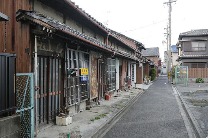 古い家並み. 名古屋市北区城東町4丁目(撮影:2014年4月)